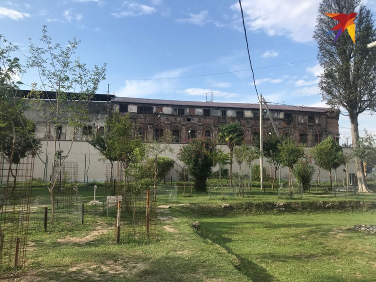 Тюрьма в Драндах