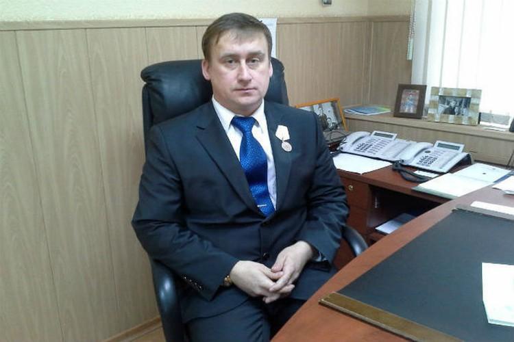 Нынешний глава Кировского и Ленинского районов Ярославля одним из первых оказался на месте трагедии и спас единственного выжившего в катастрофе.