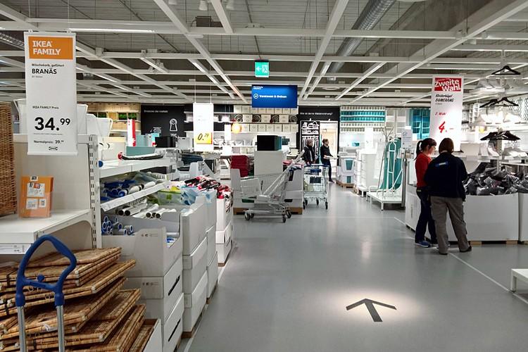 Высший пилотаж - магазины IKEA. Попав в него, вы выйдете на улицу, только обойдя в буквальном смысле все