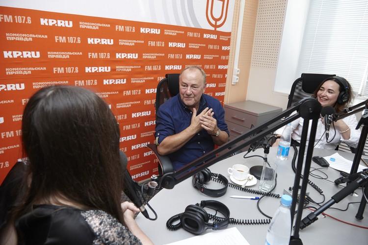 Вишневский признается – он хотел, чтобы друзья смотрели на него как на ученого
