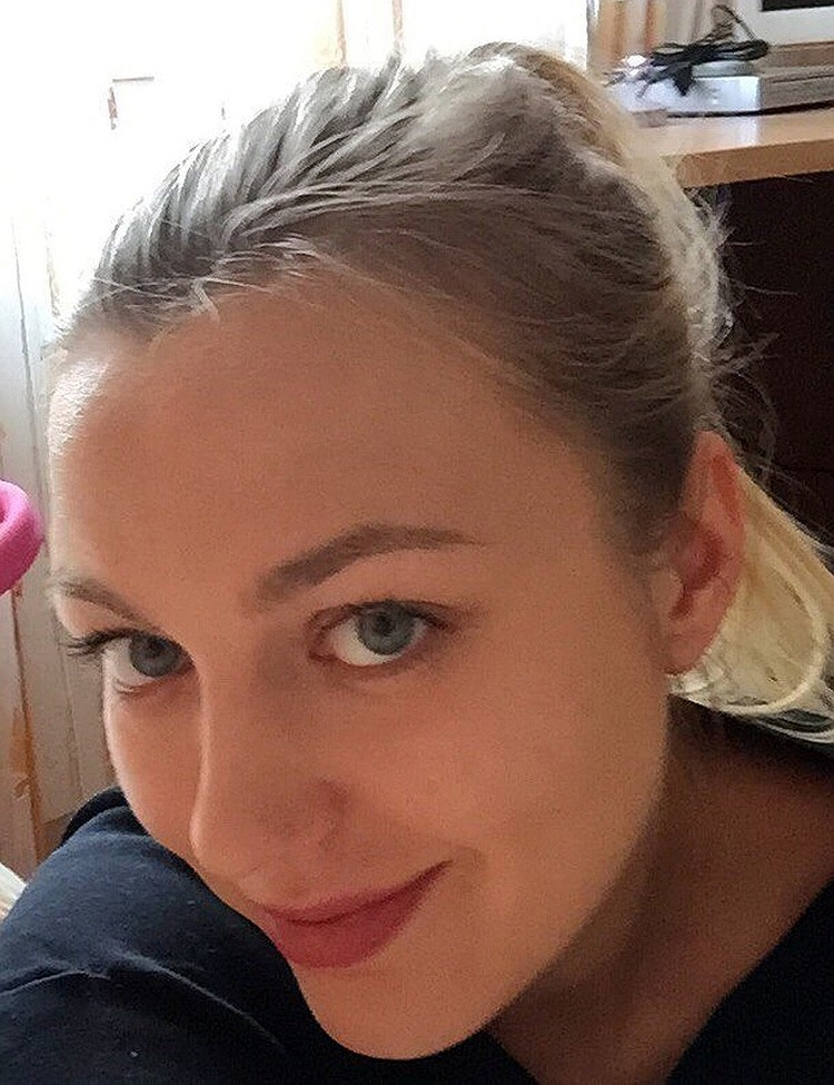 Супруга шпиона - Антонина Дьяконова-Смоленкова