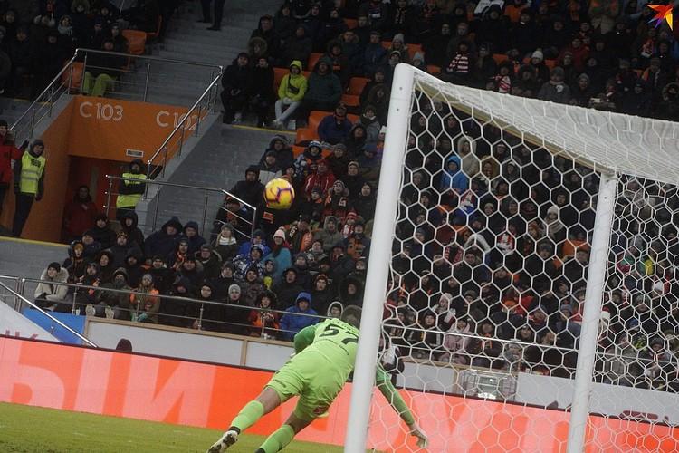 Уральские игроки уверенно вырвали победу у столичных соперников