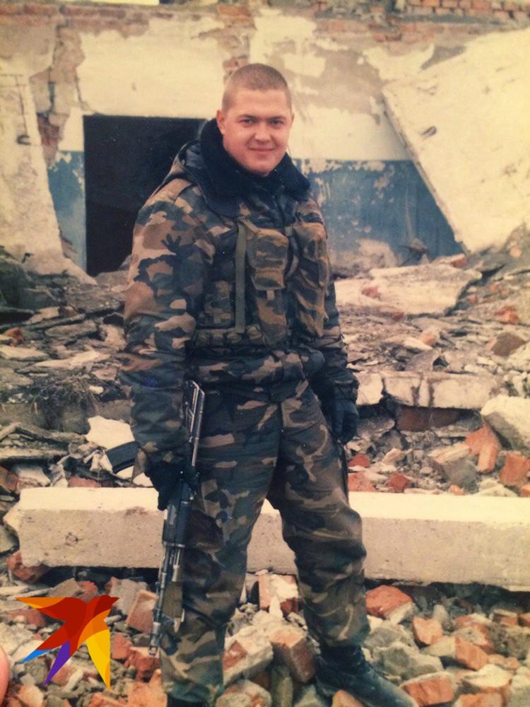 В Чечне Дмитрий занимался инженерной разведкой.