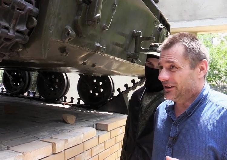 Дреев показал, куда закладывал бомбы. Фото: МГБ ЛНР