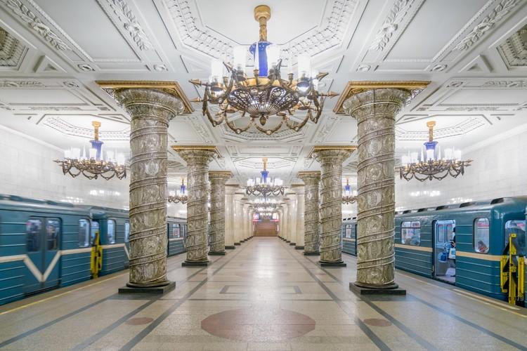Станция «Автово» в Санкт-Петербурге. Открыта в 1955 году. Фото: Christopher Herwig/FUEL