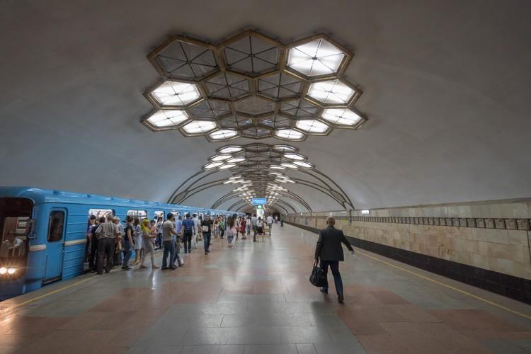 Станция «Новза» в Ташкенте. Открыта в 1977 году. Фото: Christopher Herwig/FUEL