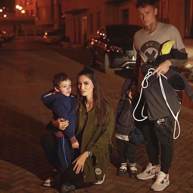 Павел и Алана поженились в 2013 году, они воспитывают общую дочь Алису и сына девушки от первого брака – Алекса. Фото: instagram.com/alana_mamaeva