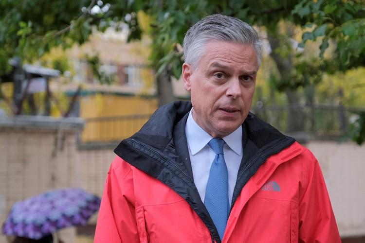 Посол США в РФ Джон Хантсман ушел в отставку.