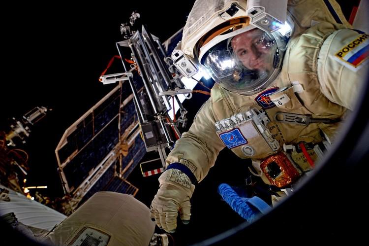 Сергей Рязанский дважды летал на МКС, пробыл в космосе больше 300 суток, из них 27 часов – в открытом. ФОТО: ФОТО: Сайт Сергея Рязанского