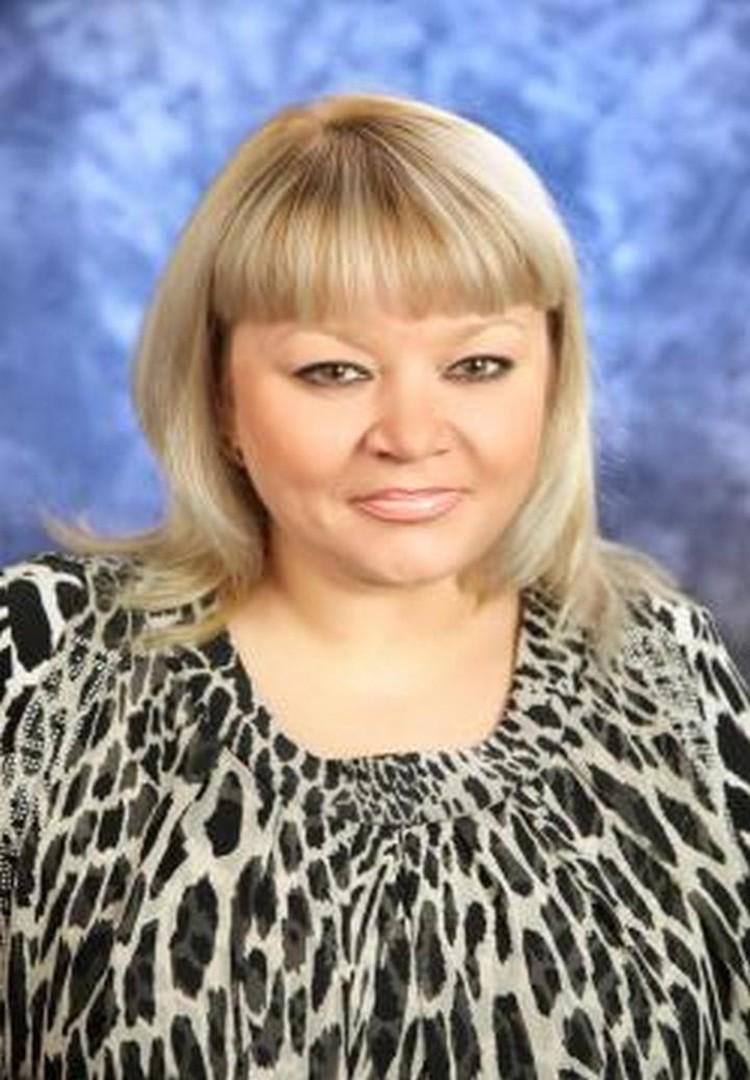 Директор школы № 6 Уссурийска Татьяна Догадова. Фото: school6ussur.ru