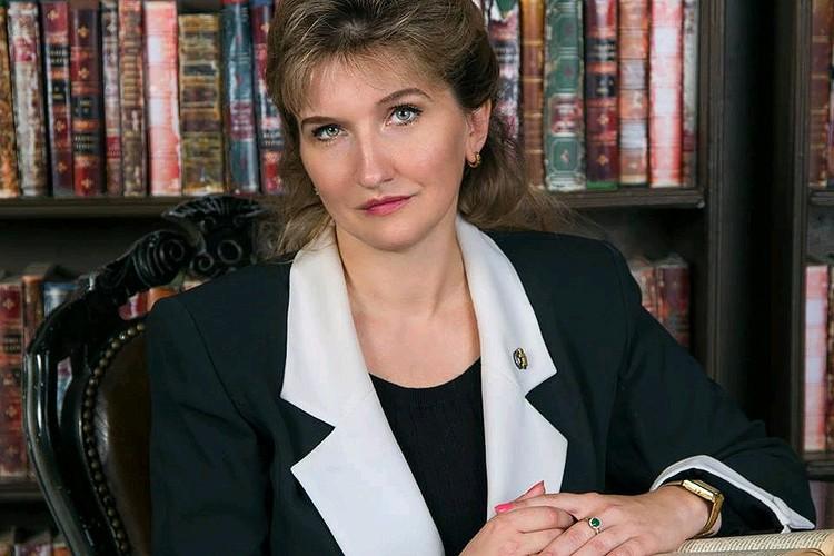 Адвокат Вера Подколзина.