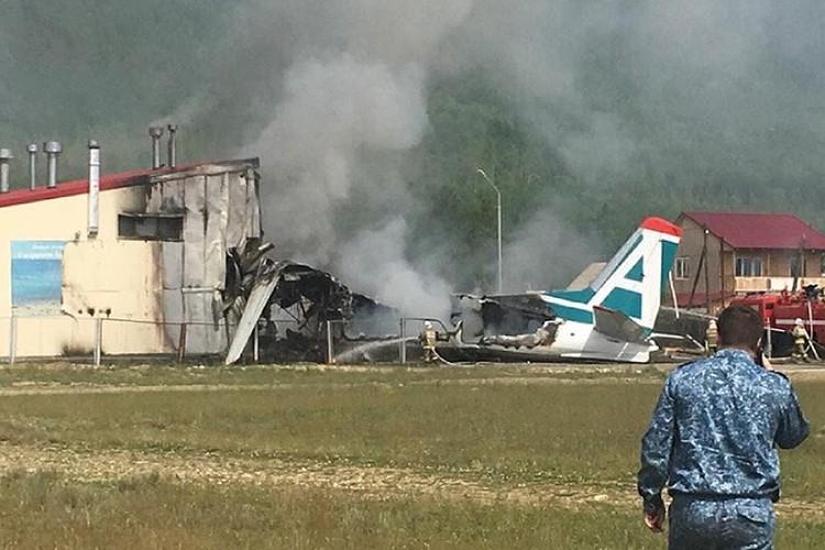 Во время авиакатастрофы погибли два пилота. 43 пассажира были спасены Еленой Лапуцкой.
