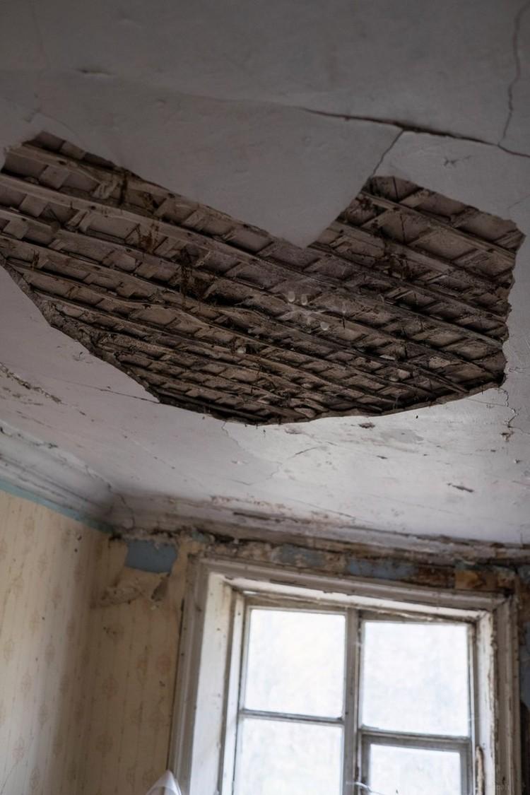 ... но зданию очень нужна помощь. Иначе - красота исчезнет Фото: vk.com/kurkino_estate