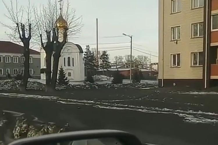 """Тот самый черный снег, благодаря которому Киселевск прогремел на весь мир. ФОТО: vk.com, """"Регион 42"""