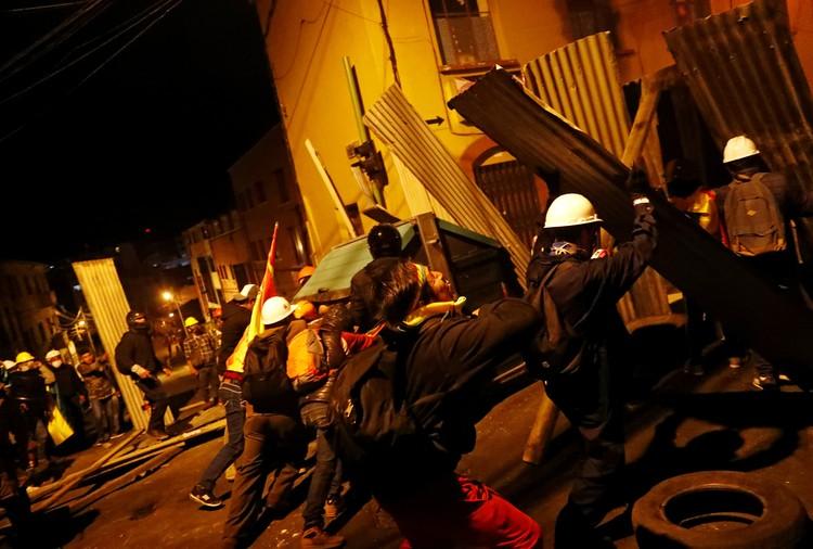 Массовые беспорядки сотрясают Боливию уже третью неделю