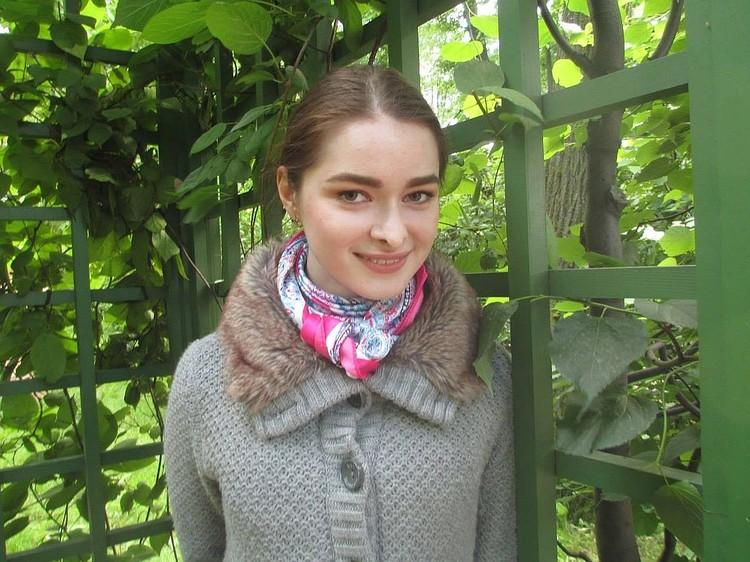24-летняя Анастасия Ещенко, по словам ее друзей, любила Соколова искренне и честно - и ради него даже занялась нелюбимой научной темой.