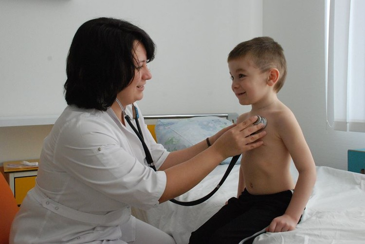 Профессия детского врача - это большая ответственность! Фото: Федеральный центр сердечно-сосудистой хирургии г.Красноярск
