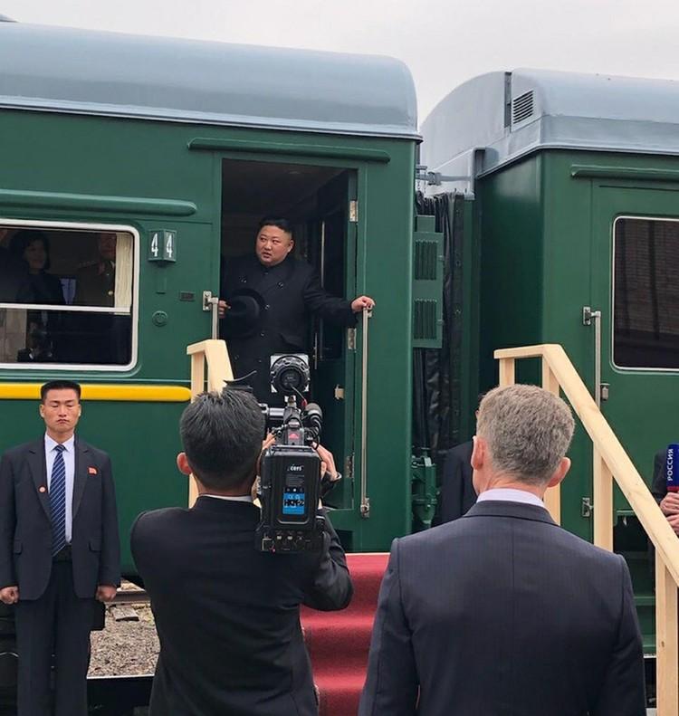 В апреле этого года корейский вождь Ким Чен Ын прибыл во Владивосток на своем бронепоезде.