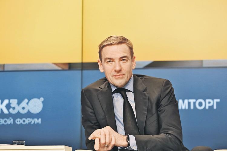 Статс-секретарь - заместитель Министра промышленности и торговли РФ Виктор Евтухов.