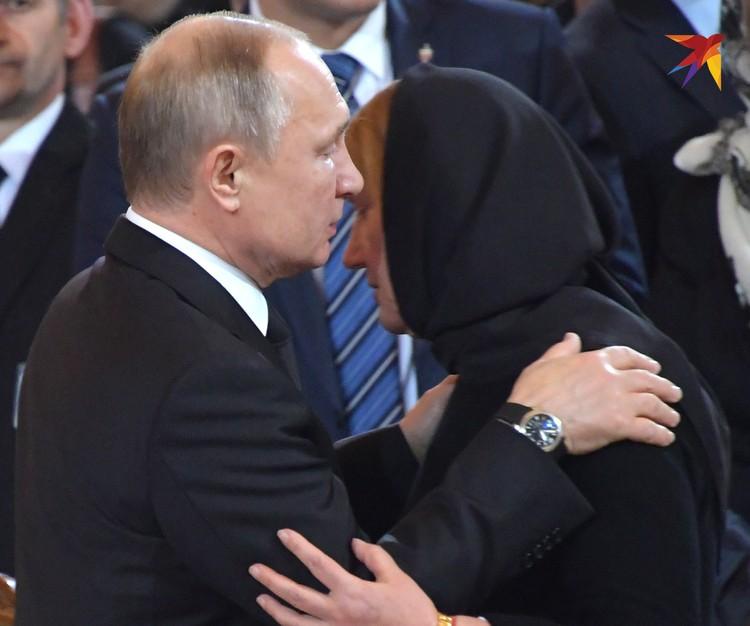 Владимир Путин и Елена Батурина.