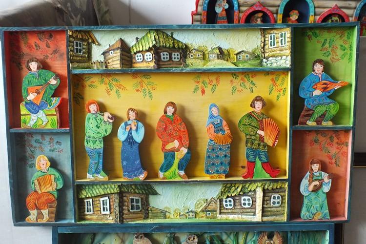 К созданию уникальных изделий Татьяна Ганина подключила всю семью.