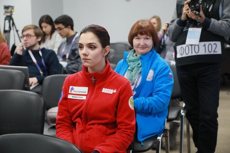 Евгения Медведева - дважды чемпионка Мира, но в Красноярске ей не повезло