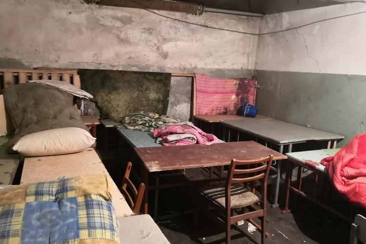 Здесь 9 месяцев жили люди.