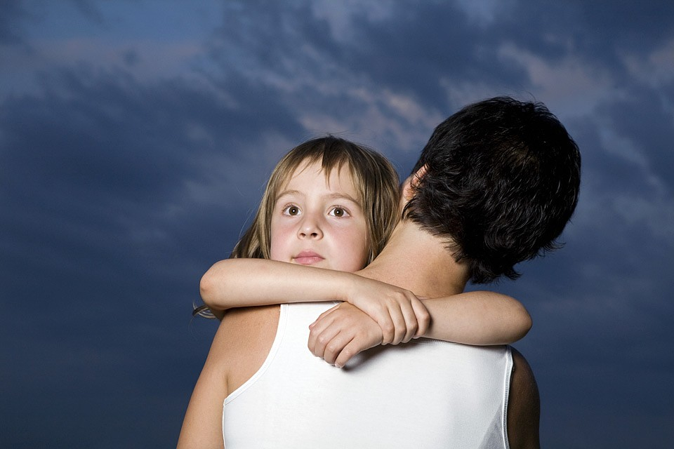 Учены обращаются к спонтанным воспоминаниям маленьких детей, не испорченных жизнью. Фото: GLOBAL LOOK PRESS