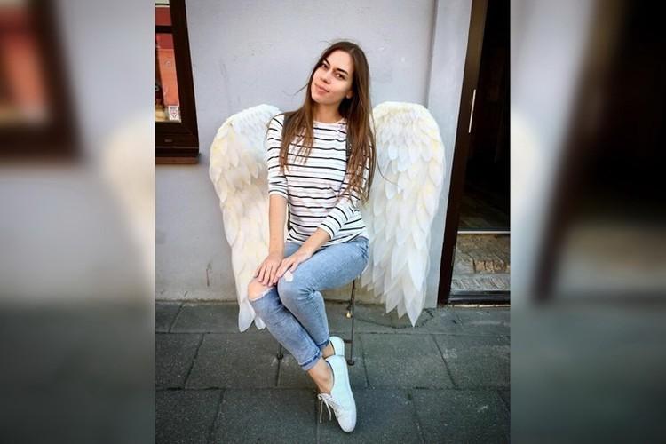 28-летняя Валерия Овчарук из Луганска работала бортпроводником в разбившемся «Боинге». Фото: Личный архив Валерии ОВЧАРУК