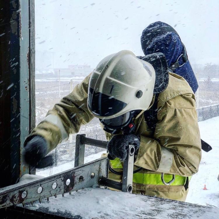 Соревнования по кроссфиту среди пожарных и спасателей