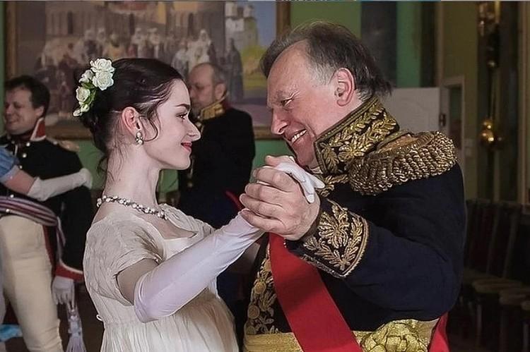 Роман Олега Соколова и Анастасии начался с университета