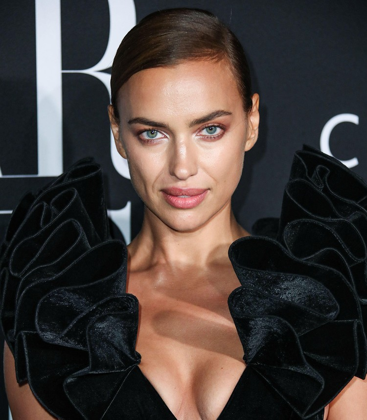 Ирина Шейк дала откровенное интервью журналу Vogue.