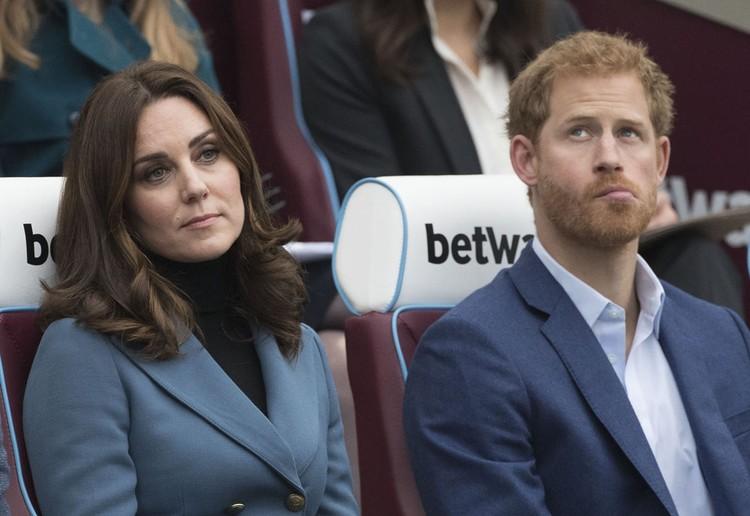 Герцогиня Кембриджская не может смириться с потерей своих некогда близких отношений с Гарри.