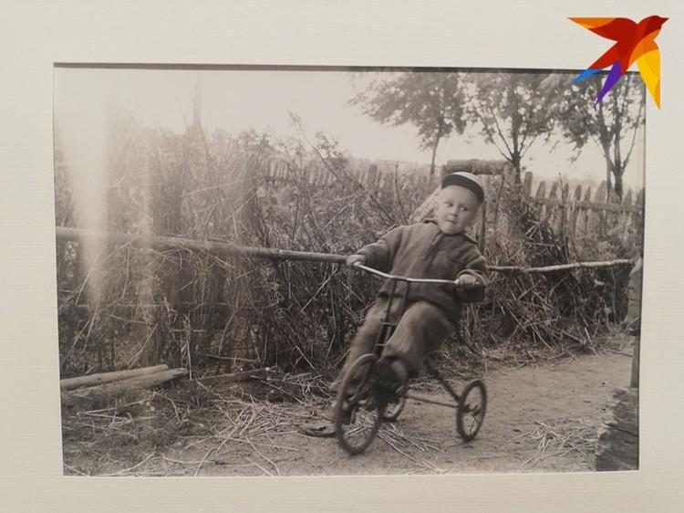 Соседи часто просили сфотографировать местного фотографа своих детей.