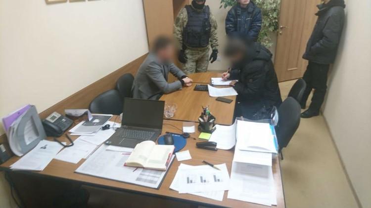 С обысками в региональное минимущества пришли 21 февраля. Фото: СКР по Мурманской области
