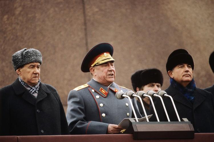 В его биографии - высокий статус кандидата в члены Политбюро ЦК КПСС и... тюремного арестанта