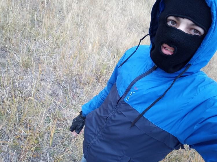 На этом фото Игорь позирует в той самой куртке, в которой его задержат сотрудники ФСБ