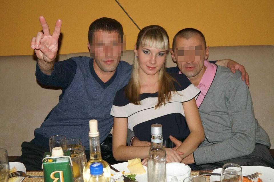 Полина была не обделена мужским вниманием. Справа - первый муж Полины. Фото: Vk.com