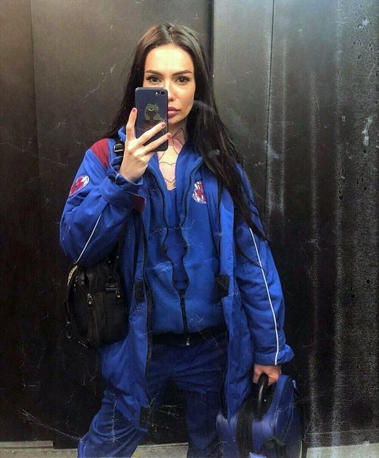 Спортивным формам девушки впору завидовать профессиональным моделям