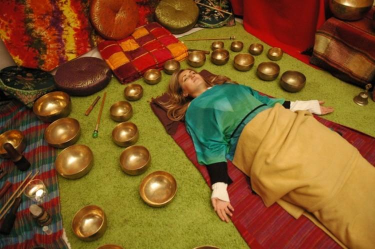 Нет колокола рядом? Слушаем тибетские чаши.