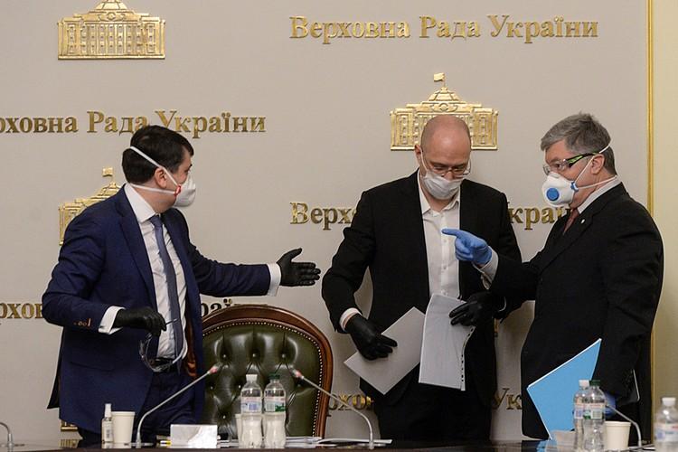 Уже заболело 7 депутатов Верховной Рады