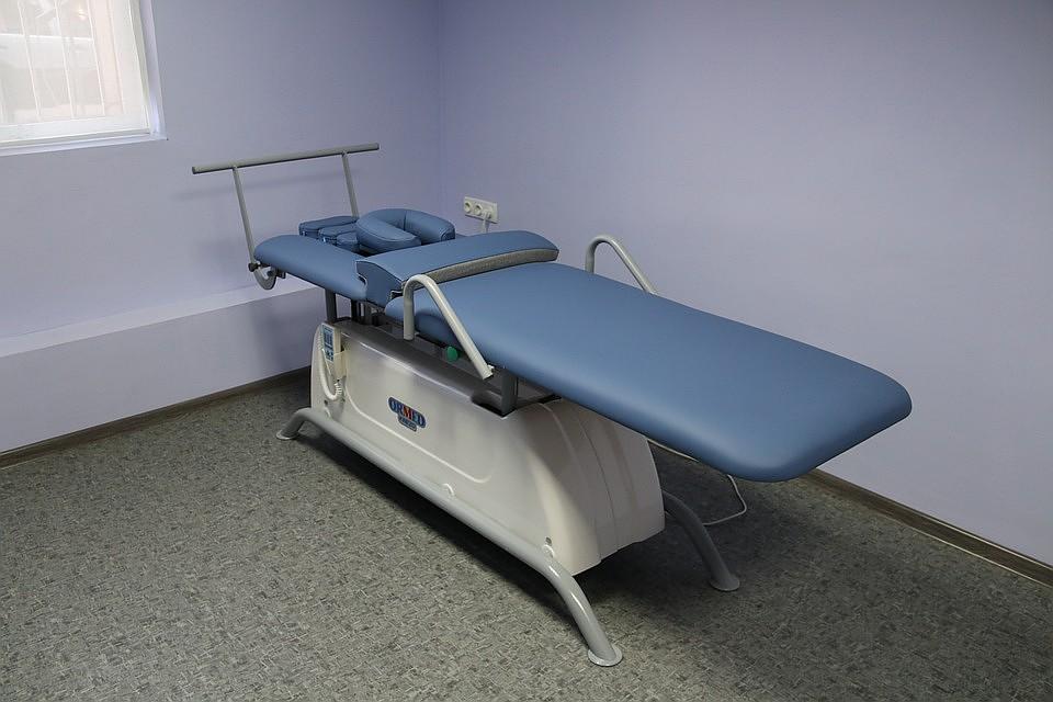 Стол для аппаратной кинезитерапии