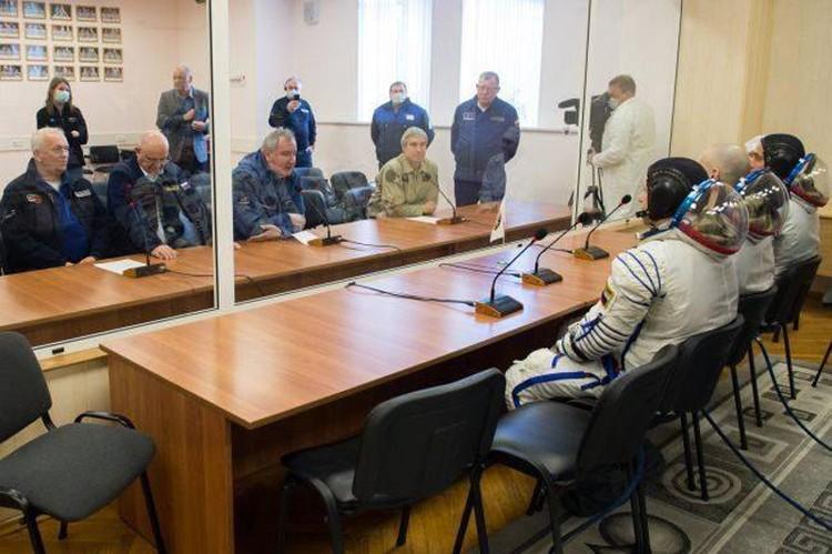 На Байконуре перед стартом экипажа корабля «Союз МС-16» были приняты беспрецедентные меры защиты от инфекции