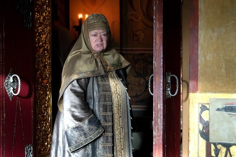 Людмила Полякова.