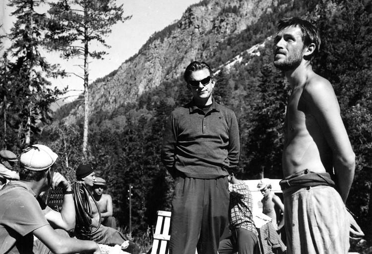 Быков и Любшин на площадке «Альпийской баллады», которую снимали в горах. Фото: архив Василя Быкова