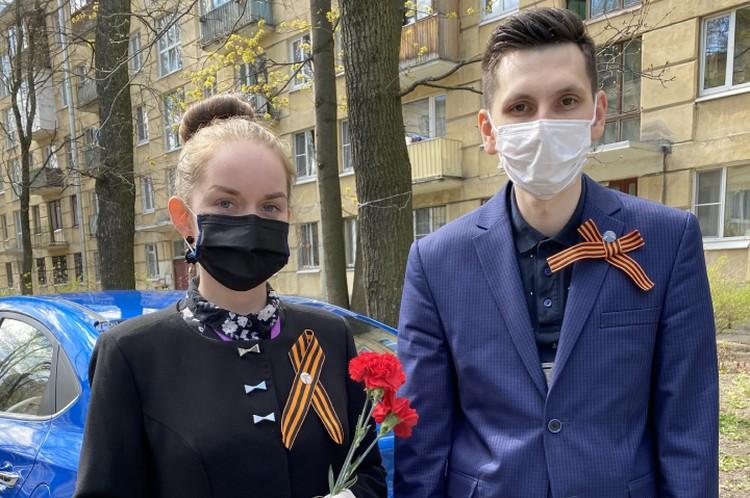 9 Мая добровольцы поздравляли своих заявителей-ветеранов ФОТО: Личный архив героя публикации