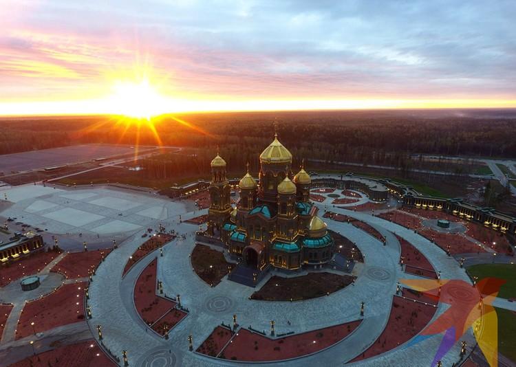 Испокон века ставили на Руси церкви в память о подвигах на ратном поле