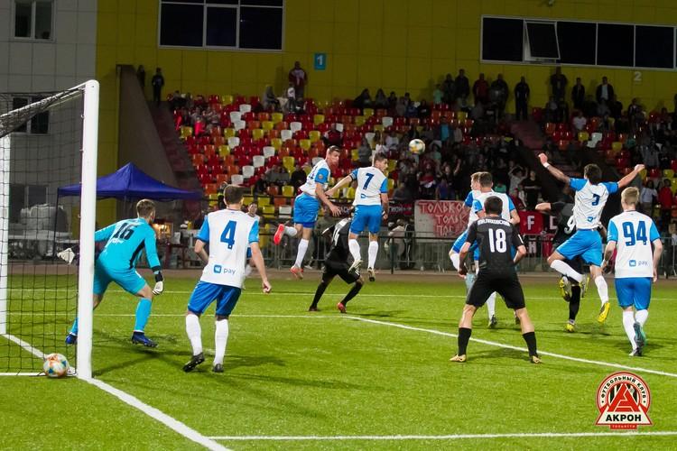 «Акрон» и «КАМАЗ» оба претендуют на попадание в ФНЛ. ФОто: ФК «Акрон» (Тольятти).