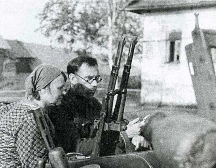 В плен к немцам Власов попал вместе с личной поварихой, 33-летней Марией Вороновой.