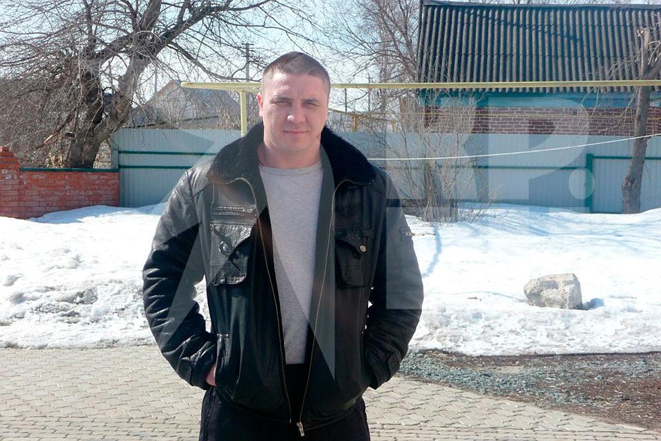 """Один из пассажиров обстреленного """"Инфинити"""" сейчас находится в больнице. Это 37-летний москвич Николай Седов. Фото: СОЦСЕТИ"""
